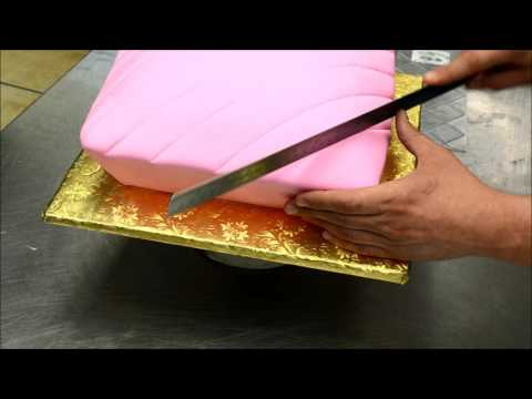 Making a Pillow Shaped Cake with a Crown on top