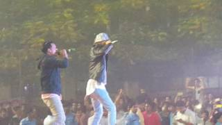 Ikka at NCU Momentum 2016 - falls off stage