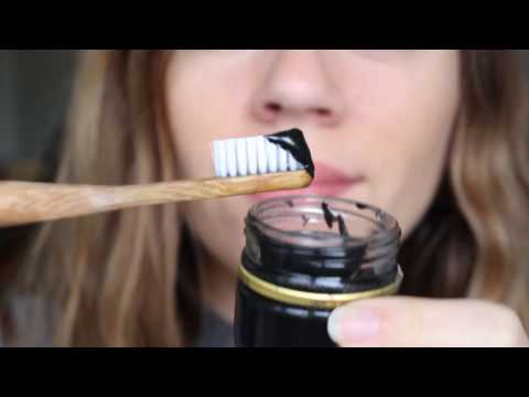 Minimalism: DIY Activated Charcoal Toothpaste Recipe