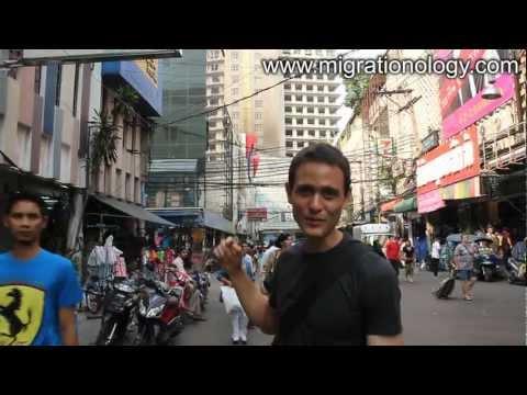 Pratunam Market - Tour of Bangkok's Crazy Shopping District