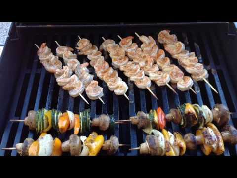 Weber Spirit Gas Grill/Shrimp Skewers, Vegetables