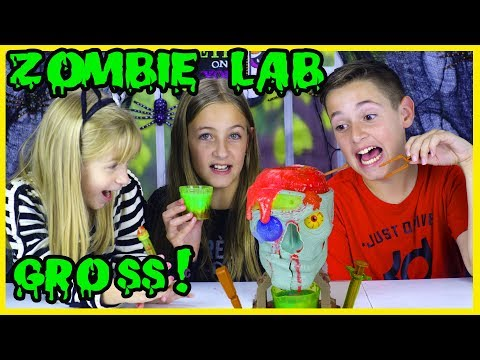 MAKING GROSS HALLOWEEN CANDY AND DRINKS! DOCTOR DREADFUL ZOMBIE LAB DIY