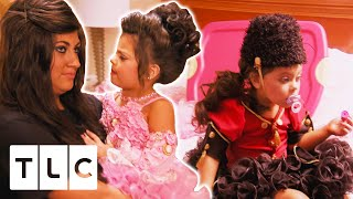 Four Year Old Contestant Throws A HUGE Temper Tantrum Before Going On Stage | Toddles & Tiaras