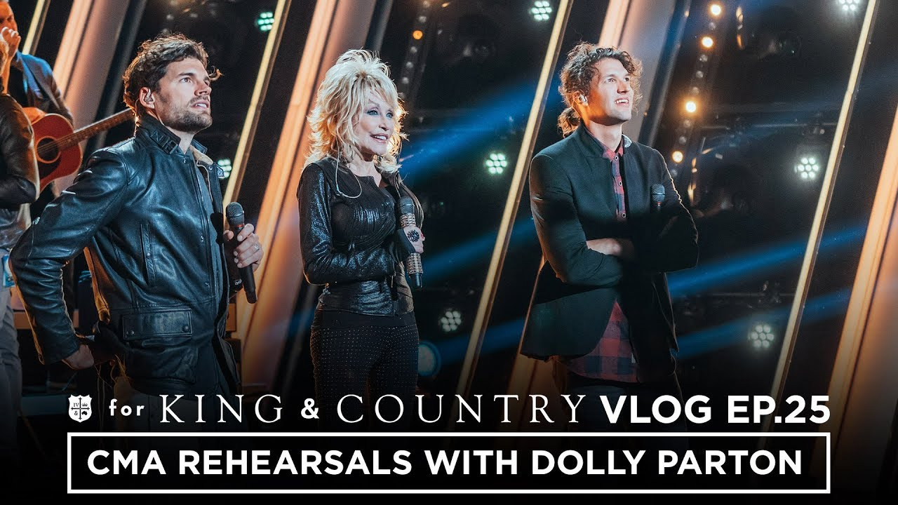CMA Awards Rehearsal with DOLLY PARTON!