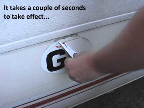 Practical Caravan | Removing stickers from bodywork | 60 Second Workshop