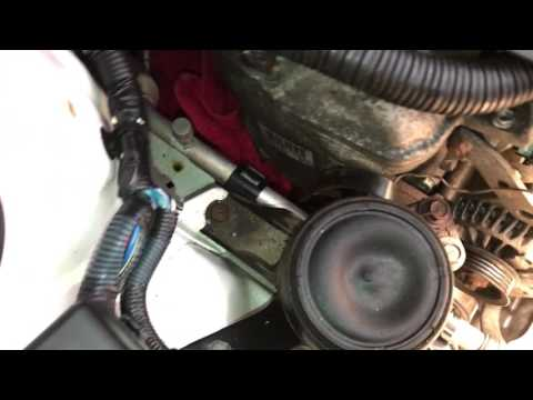 How To Change Alternator Belt on a Toyota Yaris and Many others