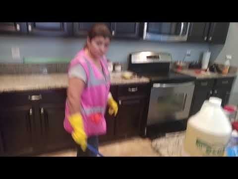Cleaning up remaining of grout paint from floors