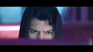 Essa Almarzoug - Thamen Ajeba (Official Music Video) | عيسى المرزوق - ثامن عجيبه - الكليب الرسمي