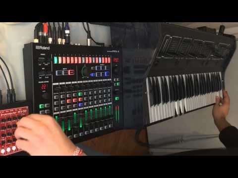 KiNK with Roland MX-1, MFB 522 and Tom 1501