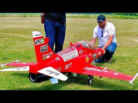 STUNNING AMAZING HUGE BAE-HAWK-100 SCALE MODEL TURBINE JET FLIGHT DEMONSTRATION