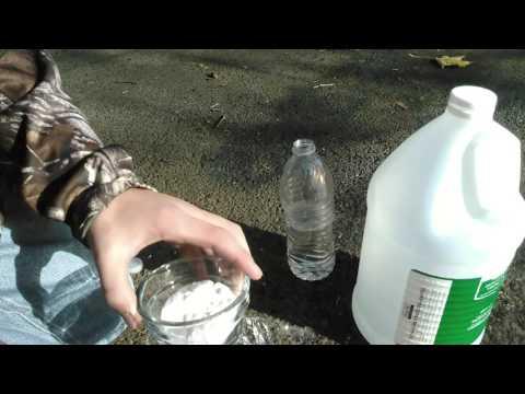 vinegar and baking soda exploding water bottle
