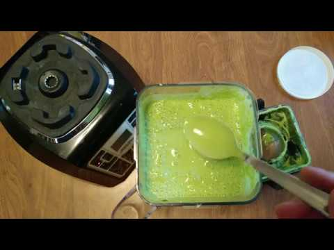 HOW TO MAKE GREEN SAUCE WITH GARLIC JALAPENO SPINACH KALE LIME JUICE GREEK YOGURT