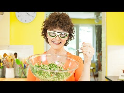 Gluten-Free Quinoa Tabbouleh with Mairlyn Smith