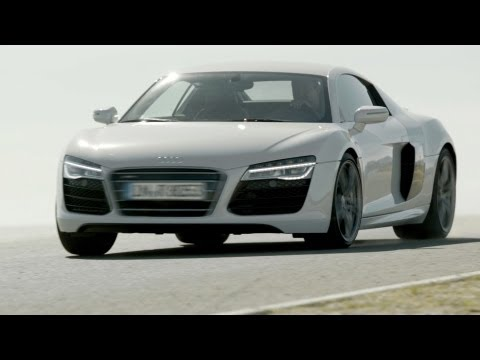 2013 Audi R8 V10 Coupé: Even in the Best [HD]