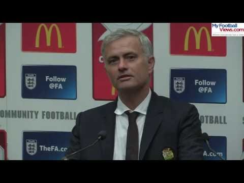 Jose Mourinho spots someone asleep in press conference