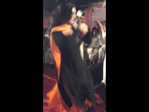 Shemale dance in wedding (pk)jalalpur bhattian