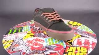 30877bb5b8 VANS Chukka Low   (washed canvas) black   gum   pro skate collection