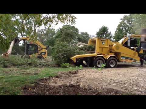 Vermeer WC2300XL Whole Tree Chipper - 1