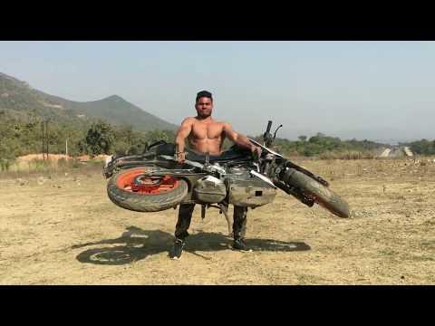 Bodybuilder vs Biker