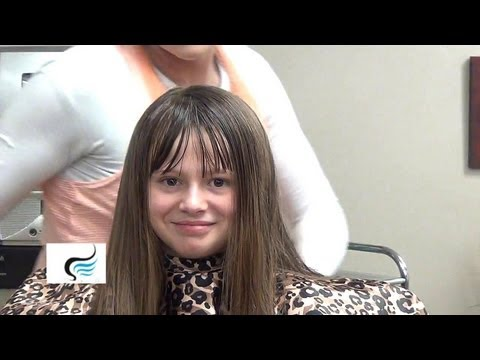 (How to Style Blunt Bangs) Cut Blunt Bangs into Long Hairstyles