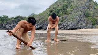 Download Wild island survival challenge - Survival skills on desert island (part 1) Video