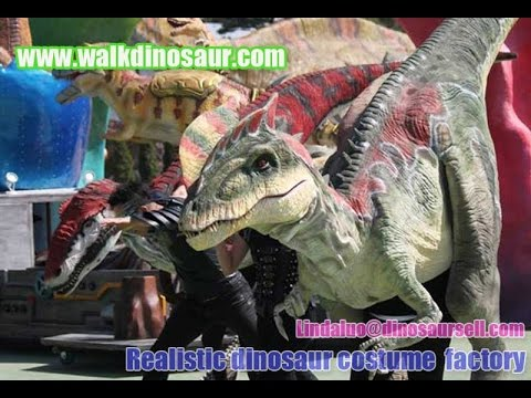 life like Dilophosaurus dino costume for Halloween