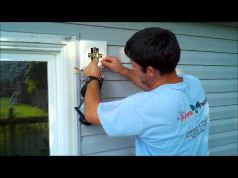 Installing exterior Home Depot or Lowes light fixture.wmv