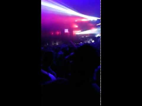 Skrillex Feed Me Robyn Call Your Girlfriend Global Gathering 2012 HD