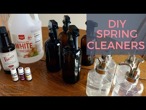 How to Make your own Cleaners with Vinegar and Essential Oils