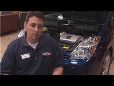 Hybrid Car Facts : How Often Do the Batteries Have to Be Replaced in Hybrid Cars?