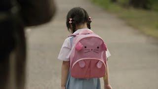عندما ترى وجه هذه الطفلة .. سوف تبكي انت الآن !! أبكت العالم العربي كله | شاهد المفاجئة