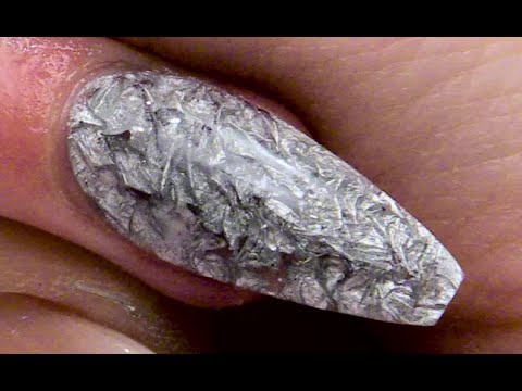 Aluminium Crinkled Gel Nail Design