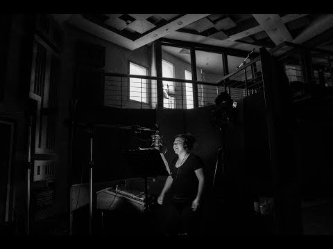 In The Studio: The Making of I Don't Think About You