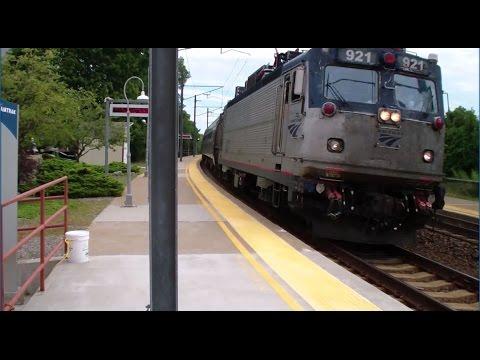 Amtrak: Northeast Regional & Acela Express Trains Passing Through Mystic