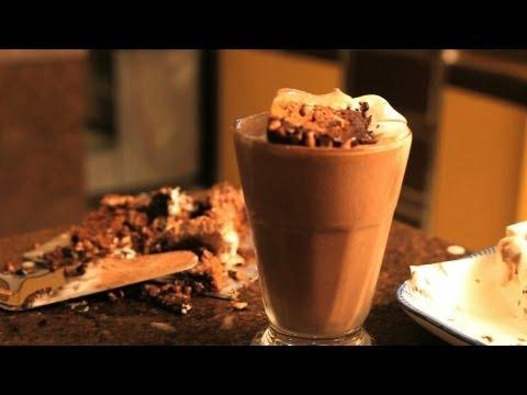 Best Chocolate Milkshake Recipe - Homemade Chocolate Milkshake - Summer Special Recipe