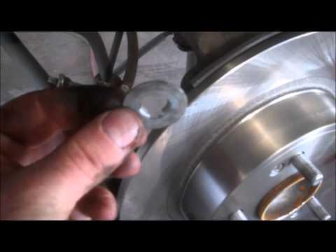 Rear brake pads tip Honda Accord 2010
