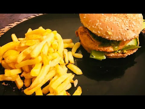 Tandoori Chicken Burger With Spicy Avacado And CHIMICHURRI Sauce/ Chicken Burger Recipe