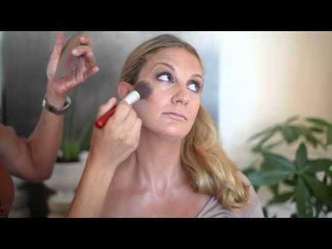 How to Look Tan in 3 Minutes : Makeup Vice