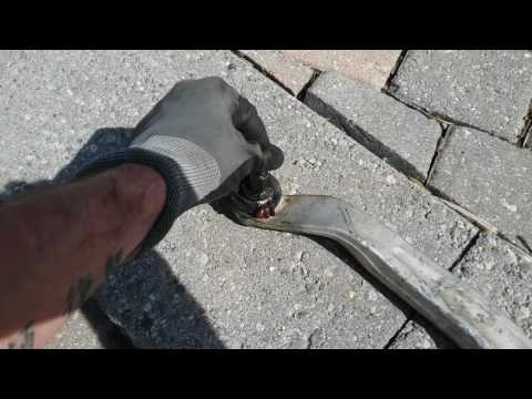 A4 B6 lower Control Arm Ball joint issue