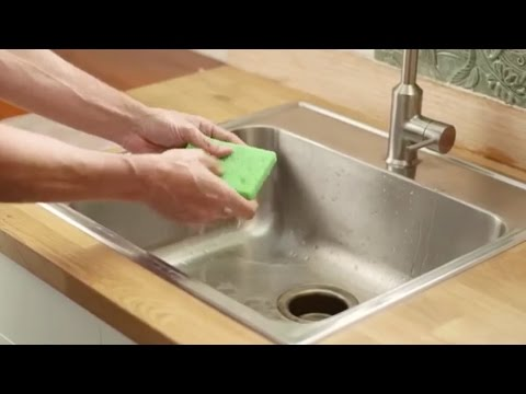 Make an Ice Pack Out of a Kitchen Sponge Easily