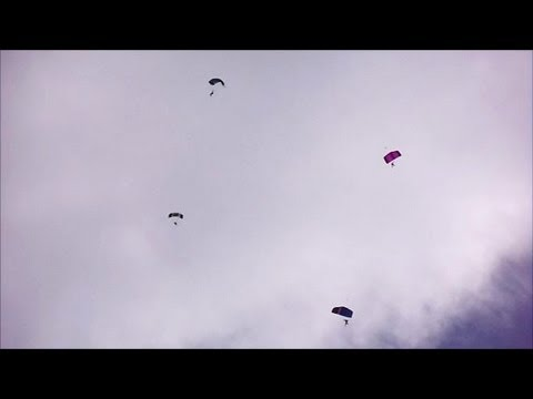 The Ravens - 4 Para Parachute Regiment Display Team - Cleethorpes 2013