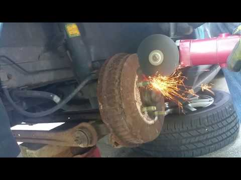brake drum cut off with angle grinder as last resort: (cracks @ about 6:00)