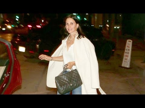 Courteney Cox Makes Time For Fans Before Riding Away In An Uber
