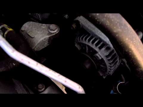 2005 Toyota Corolla 1ZZ-FE Engine With Old OEM Serpentine Belt Chirping Sound - Before Replacing