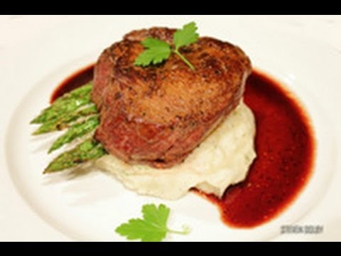 Fillet Steak with Red Wine Reduction recipe