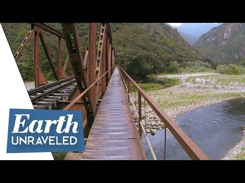 Inca Trail Journey - Final steps hiking to Machu Picchu through Aguas Calientes, Peru 🇵🇪