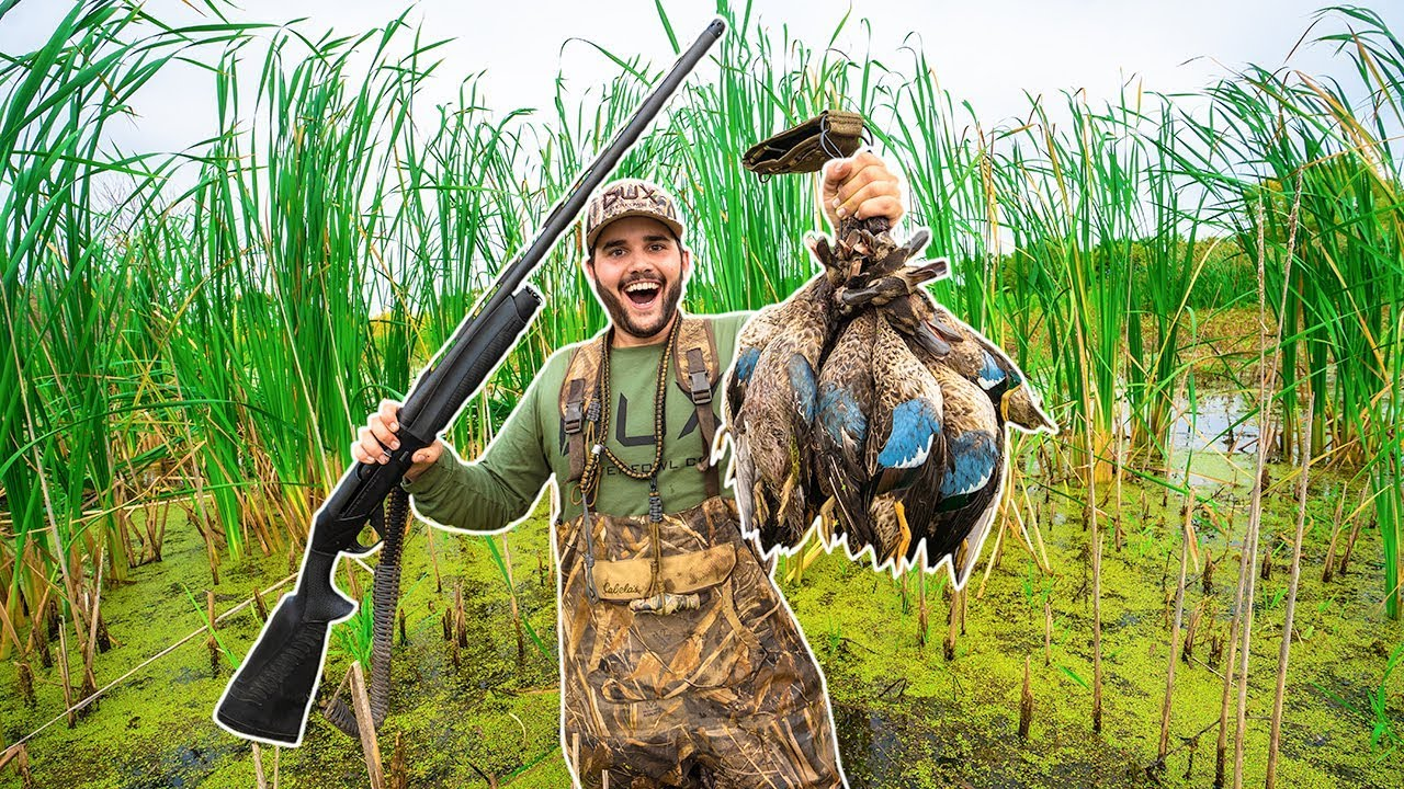 PUBLIC Marsh DUCK HUNTING!!! (CATCH CLEAN COOK) - Opening Day 5 Man Limit!