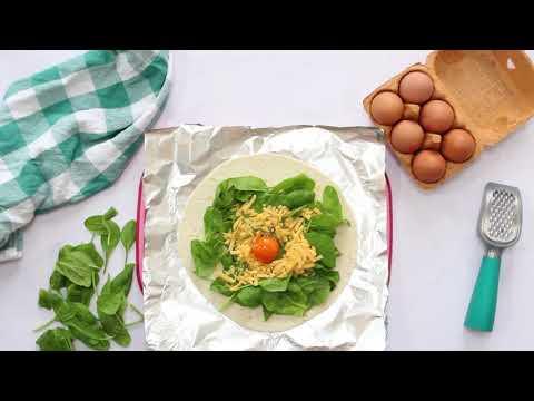 Egg & Spinach Breakfast Pockets