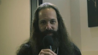 """Images, Words & Beyond"": intervista con John Petrucci. 