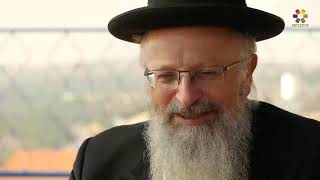 #x202b;כוחה של תפילה: עודד הרוש בשיחה אישית עם הרב שמואל אליהו   באדיבות ערוץ הדברות#x202c;lrm;